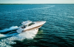2014 - Cruisers Yachts - 430 Sports Coupe