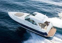2009 - Cruisers Yachts - 420 Sports Coupe