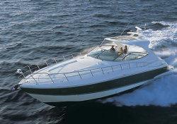 Cruisers Yachts - 560 Express