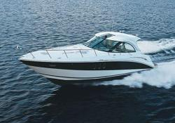 2010 - Cruisers Yachts - 390 Express Coupe