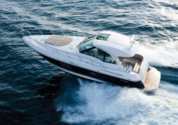 2011 - Cruisers Yachts - 420 Sports Coupe