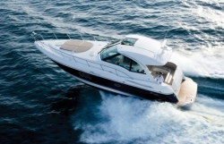 2012 - Cruisers Yachts - 430 Sports Coupe