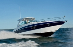 2013 - Cruisers Yachts - 380 Express