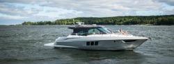 2017 - Cruisers Yachts - 45 Cantius