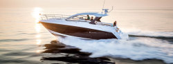 2018 - Cruisers Yachts - 39 Express Coupe