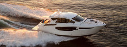 2018 - Cruisers Yachts - 42 Cantius