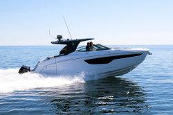 2020 - Cruisers Yachts - 38 GLS