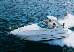 Cruisers Yachts 310 Express Diesel Cruiser Boat