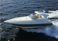 Cruisers Yachts 460 Express Diesel Motor Yacht Boat