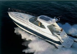 Cruisers Yachts 560 Express Yacht Boat