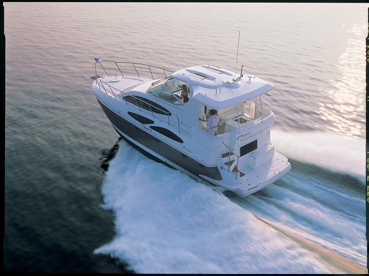 l_415motoryacht_lr