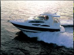Cruisers Yachts - 455 Express Motoryacht