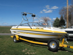 Glastron Boats GT 205 Bowrider Boat