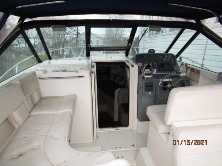 l_5_2776011_29_tiara_upper_deck_forward