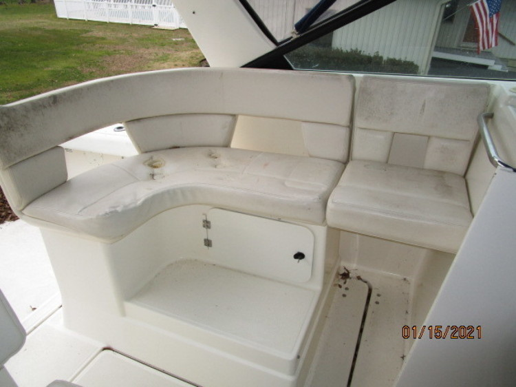 l_8_2776011_29_tiara_upper_deck_port_seating