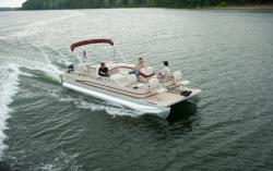 2010 - Cypress Cay Boats - 220 Angler