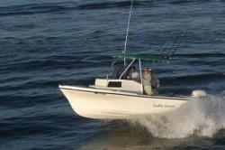2009 - Dusky Boats - 203 FAC
