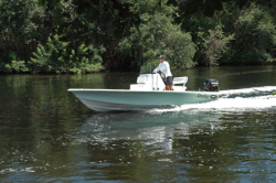 2010 - Dusky Boats - Dusky 18 R Bay