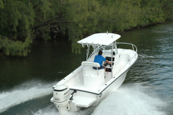 2012 - Dusky Boats - 227 FAC
