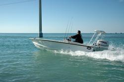 2014 - Dusky Boats - 18R