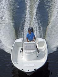 2014 - Dusky Boats - 218 Bay