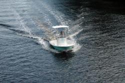 2014 - Dusky Boats - 218 RL