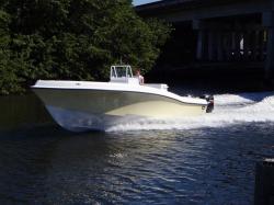 2015 - Dusky Boats - 33 FC