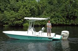 2018 - Dusky Boats - 218 RL