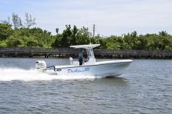 2018 - Dusky Boats - 227 XF