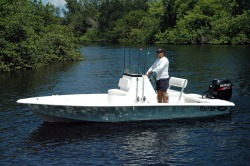 2019 - Dusky Boats - Dusky 18R Bay