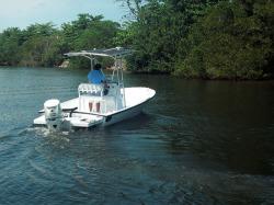 2019 - Dusky Boats - Dusky 218 Bay