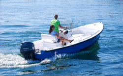 2011 - Eastern Boats - 18 Center Console