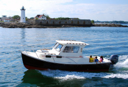2017 - Eastern Boats - 248 Explorer