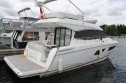 2015 - Prestige Yachts - Prestige 420