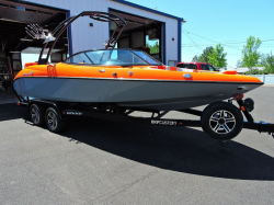 2017 - Gekko Sport Boats - Revo 7.1
