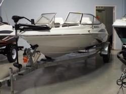 2015-caravelle-16-ebo boat image