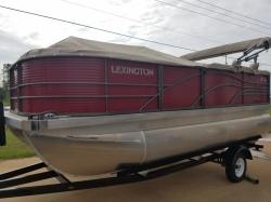 Lexington Pontoon - 517