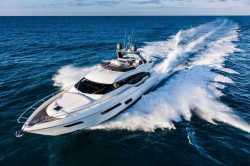 2018 - Ferretti Yachts - 700