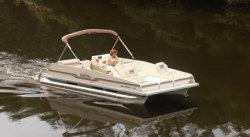 2013 - Fiesta Boats - 18- Sunfisher Center Console