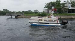 2012 - Fiesta Boats - 12- Sundeck