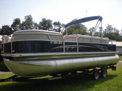 2012 - Starcraft Boats - Stardeck 226 C-N-F