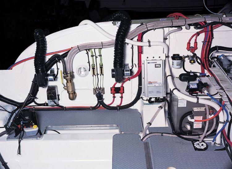 com_formulaboats2009_ssp_director_ca41qrc9