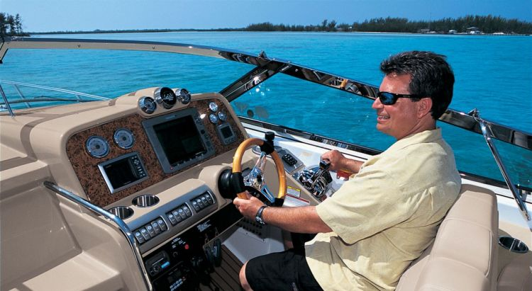 com_formulaboats2009_ssp_director_caqv45yr