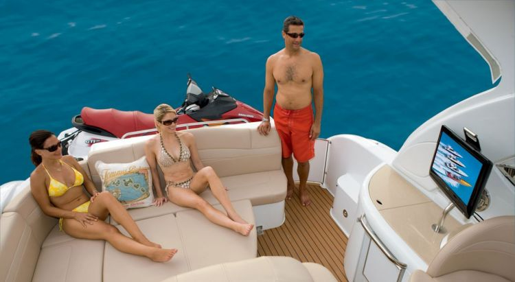com_formulaboats2009_ssp_director_ca4le1jw