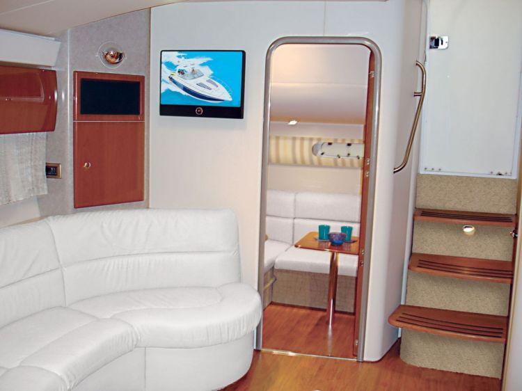 com_formulaboats2009_ssp_director_cadkvy31