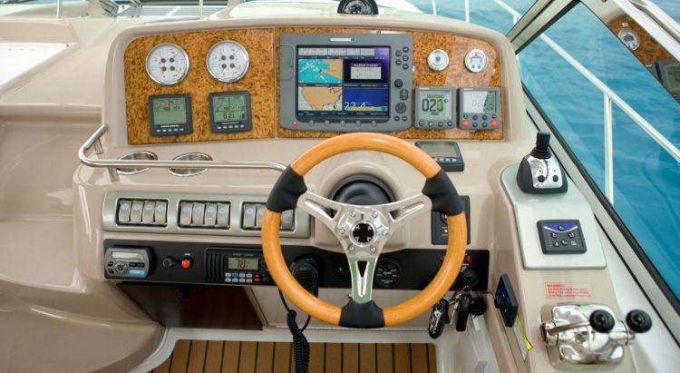 com_formulaboats2009_ssp_director_cavtgxh6