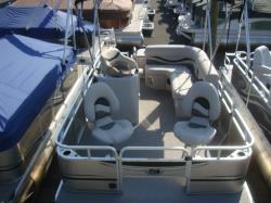 2018 Apex Marine Qwest Edge 716 SP Spring Grove PA