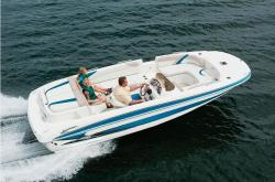 2010 - Glastron Boats - GT 205 Deckboat
