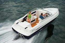 2010 - Glastron Boats - GS 209 Cuddy Cabin