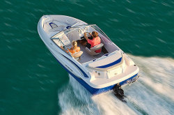 2011 - Glastron Boats - SSV 175